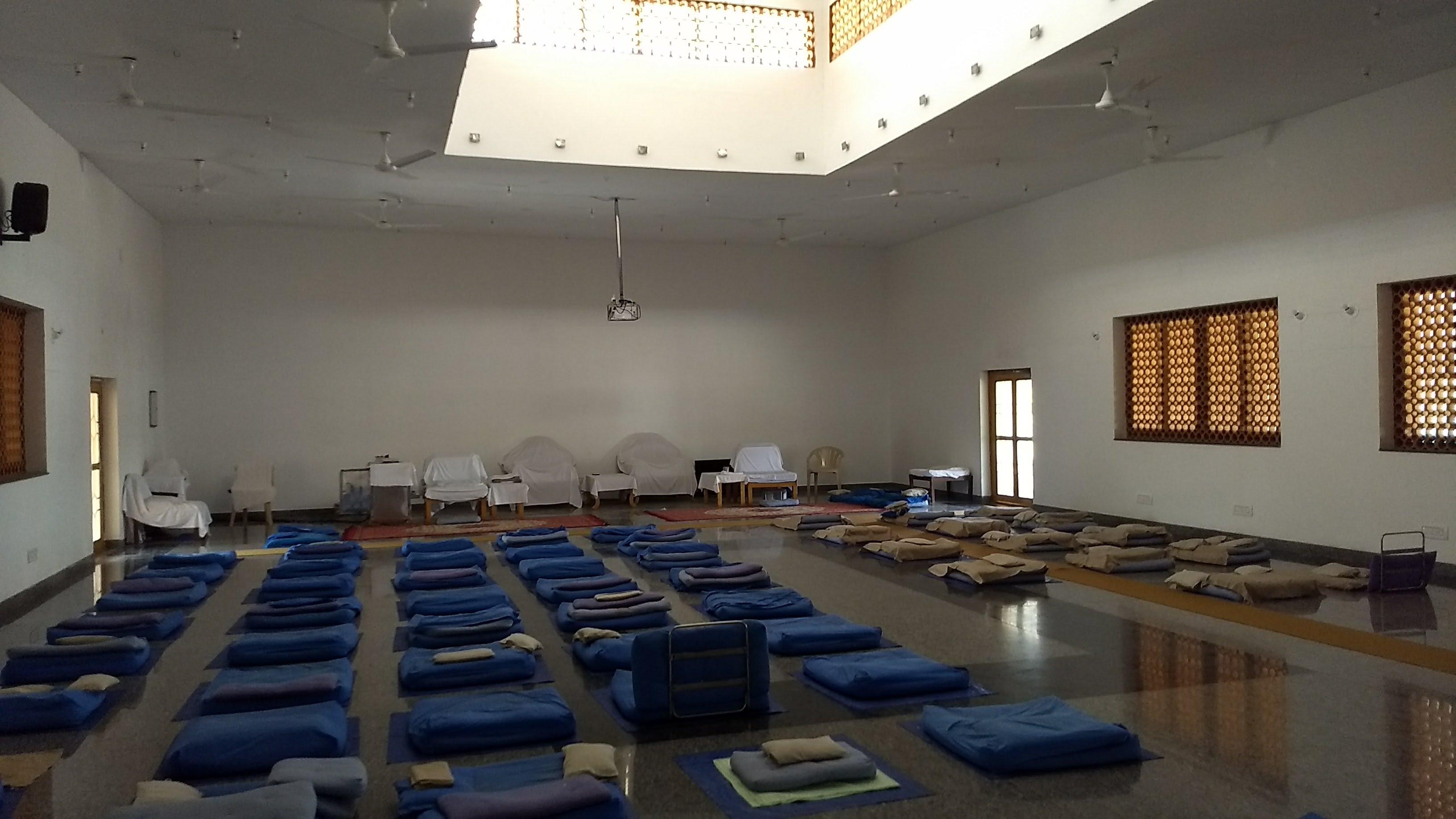 Vipassana: Une expérience très enrichissante, mais j'ai encore des croûtes à manger